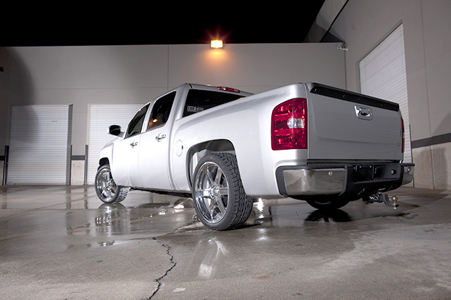 Truck Lift Shops >> Choosing A Lift Kit For Your Truck Tirebuyer Com