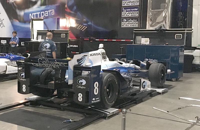 IndyCar staggered setup