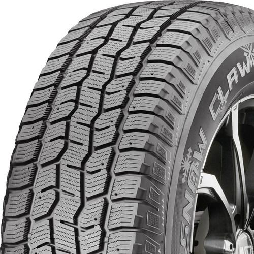 Cooper Discoverer Snow Claw tread and side
