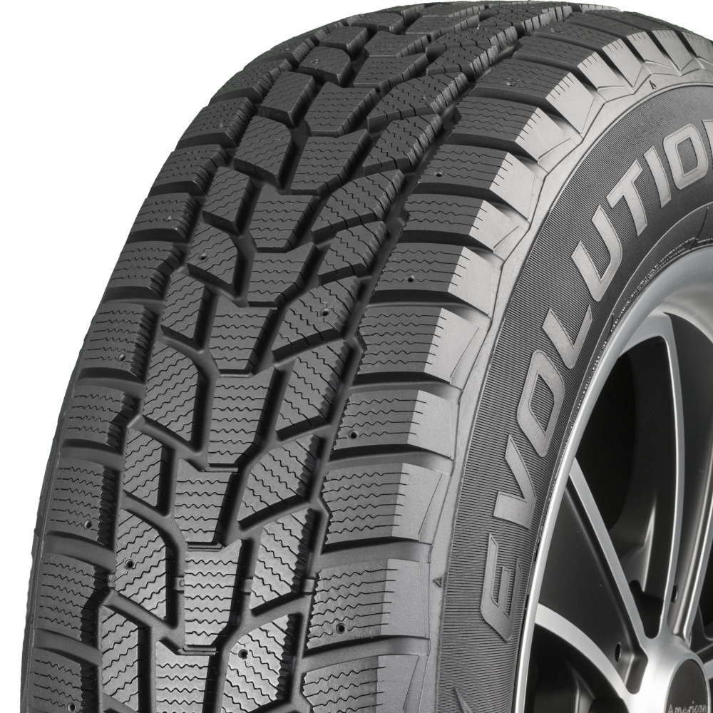 Cooper Evolution Winter tread and side