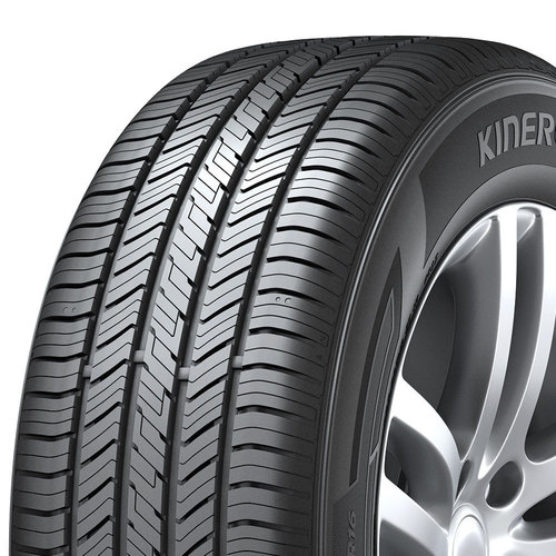 Hankook Kinergy ST H735 tread and side