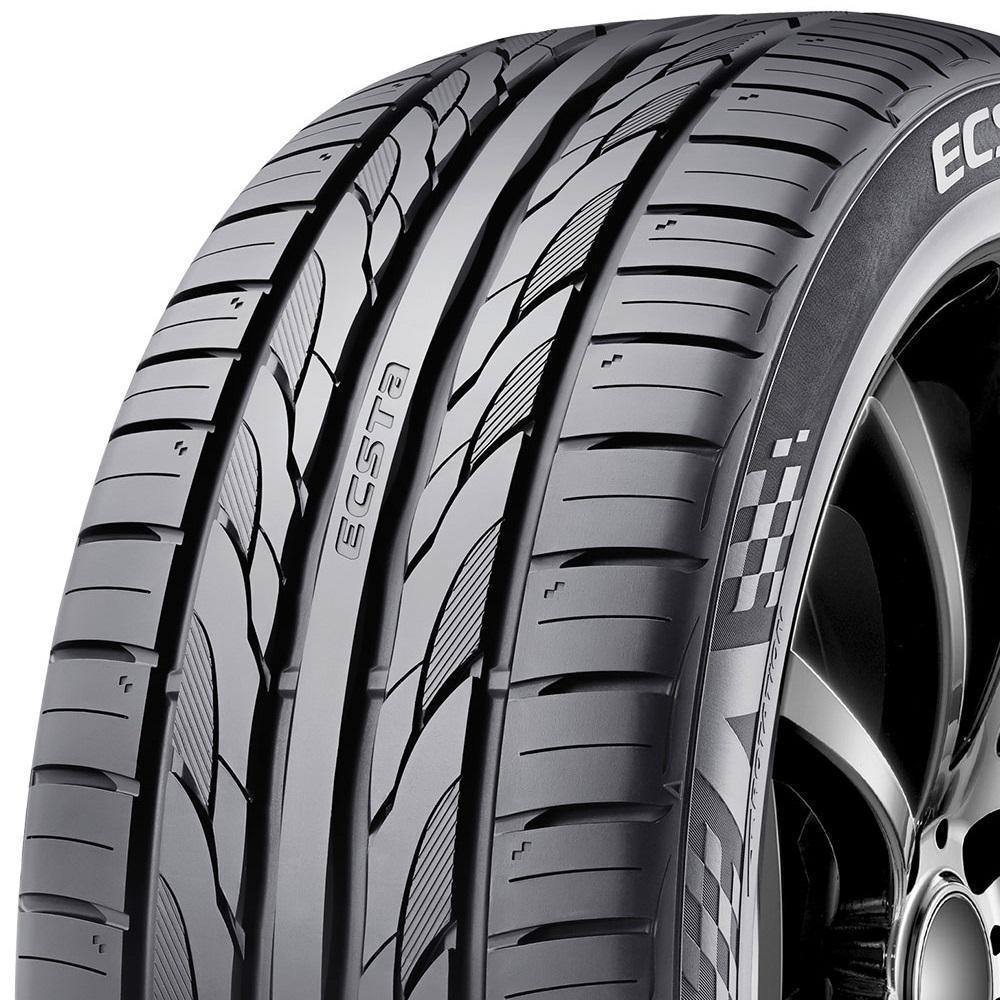 Kumho Ecsta PS31 tread and side