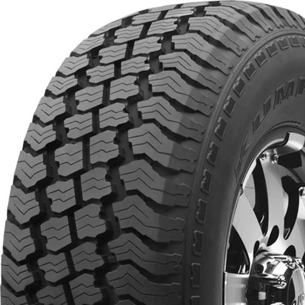 Kumho Road Venture AT (KL78) tread and side