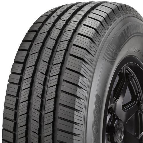 Michelin Defender LTX M/S tread and side