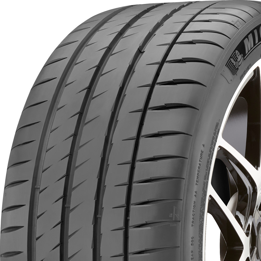 Michelin Pilot Sport 4 S tread and side