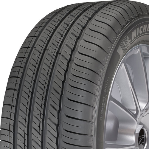 Michelin Primacy Tour A/S tread and side