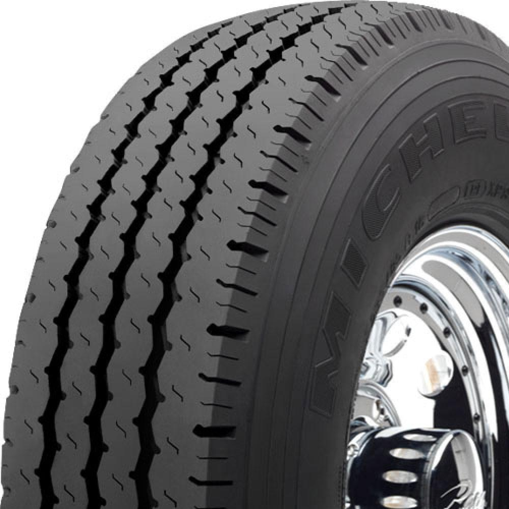 Michelin XPS Rib tread and side