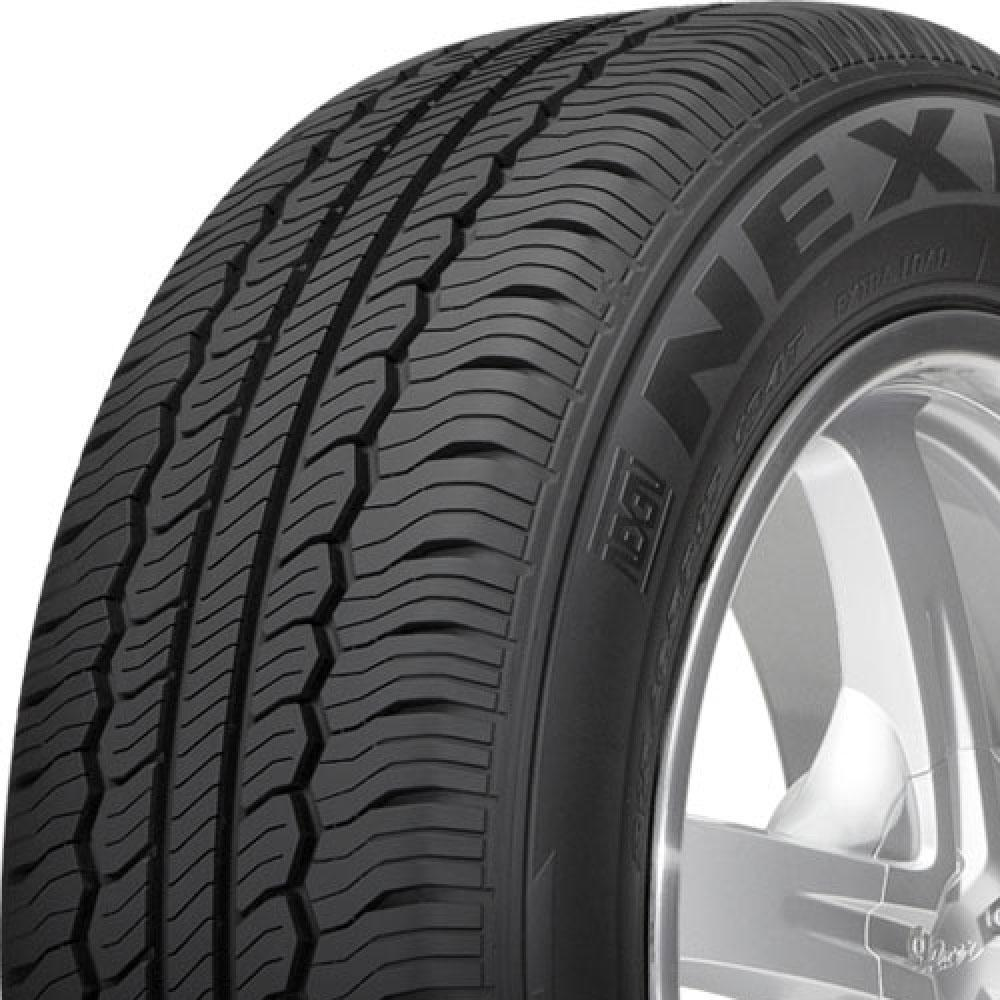 Nexen CP521 tread and side