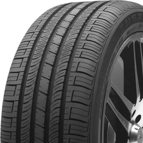 Nexen CP662 tread and side