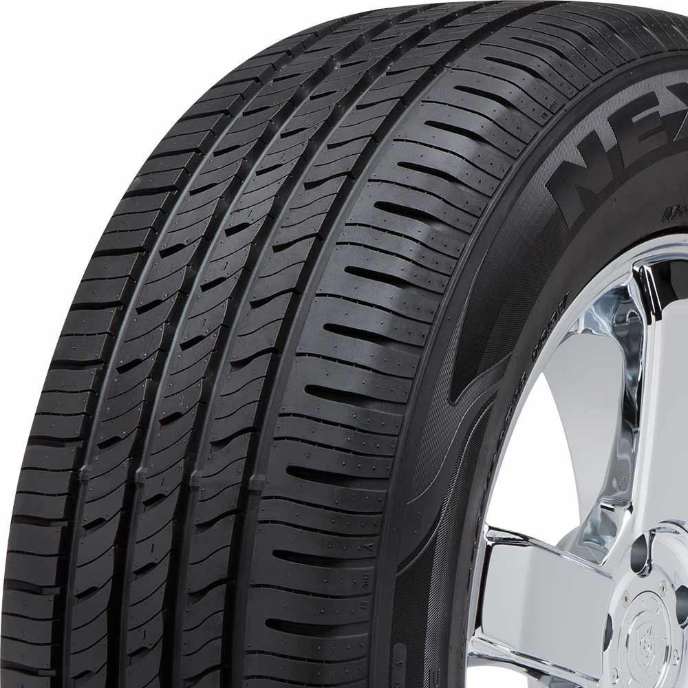 Nexen N'Fera RU5 tread and side