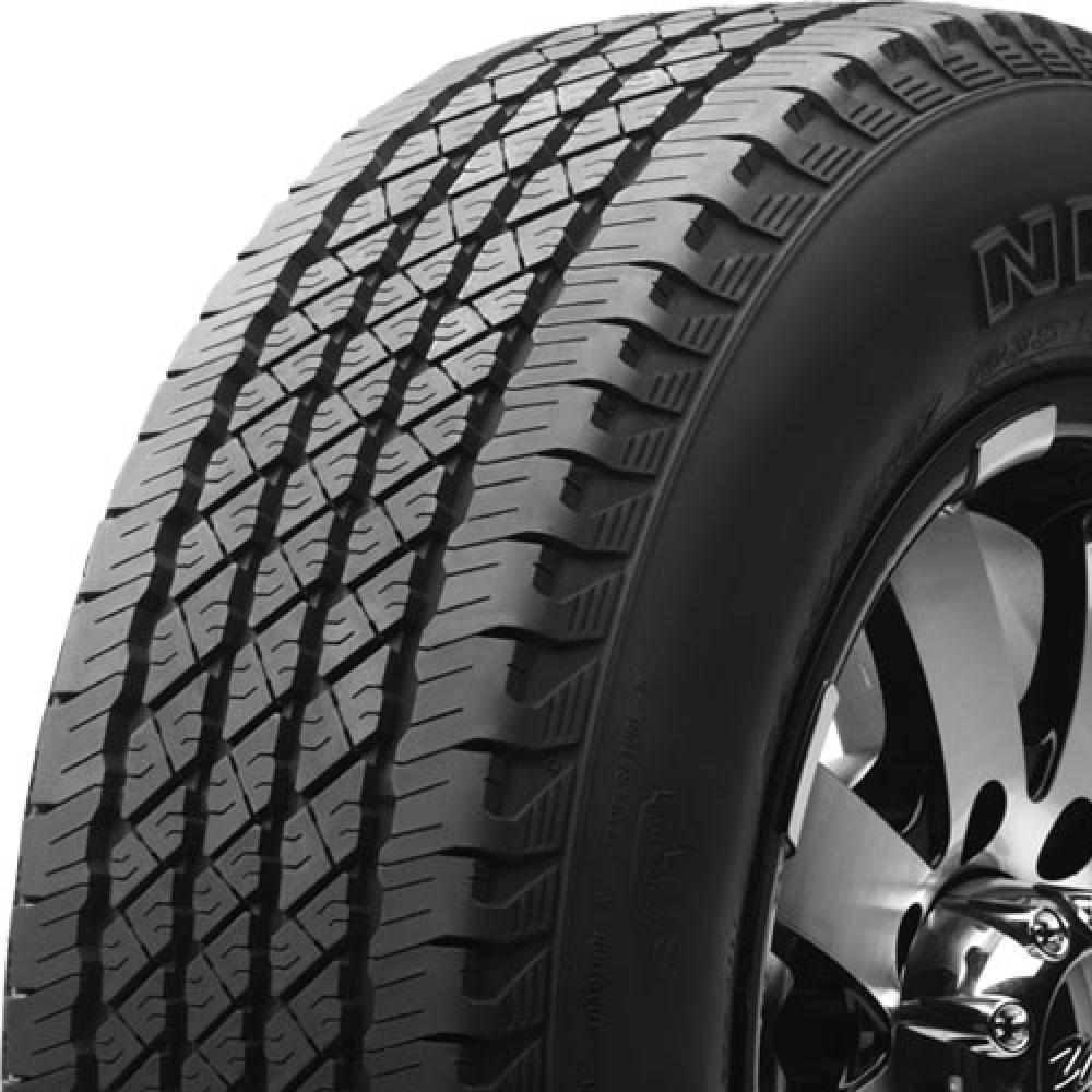 Nexen Roadian HT SUV tread and side