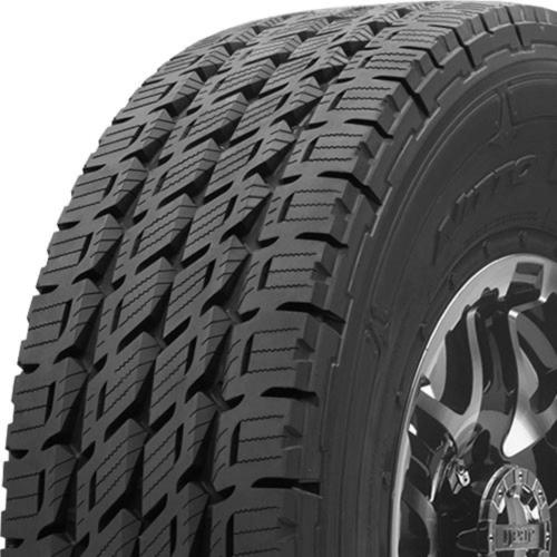 Nitto Dura Grappler tread and side