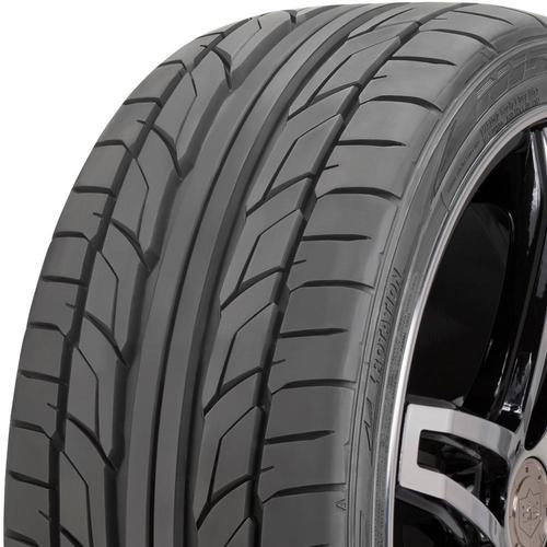 Nitto NT555 G2 tread and side