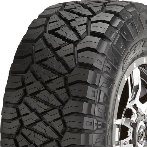 Nitto Ridge Grappler tread and side