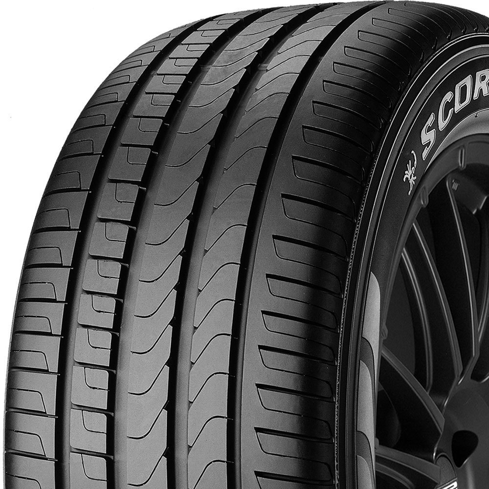 Pirelli Scorpion Verde tread and side