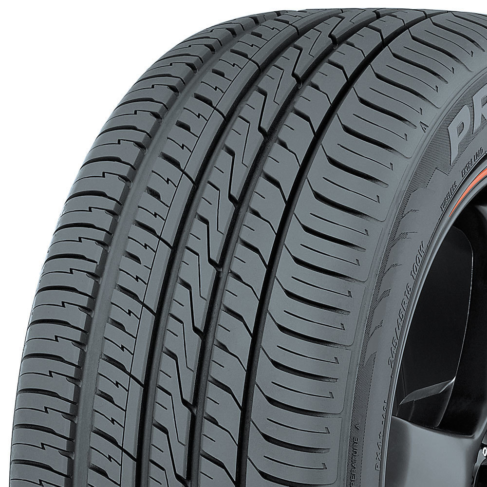 Toyo Proxes 4 Plus tread and side