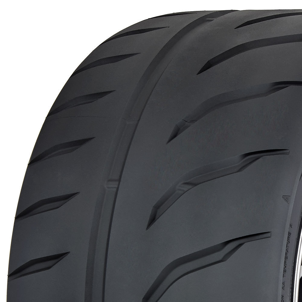 Toyo Proxes R888R tread and side