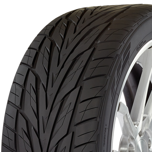 Toyo Proxes ST III tread and side