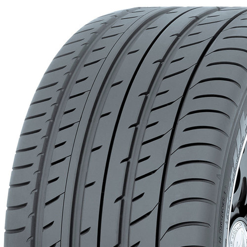 Toyo Proxes T1 Sport tread and side