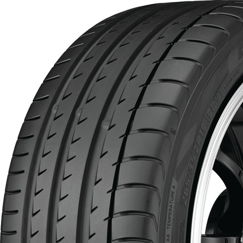 Yokohama Advan Sport V105 tread and side